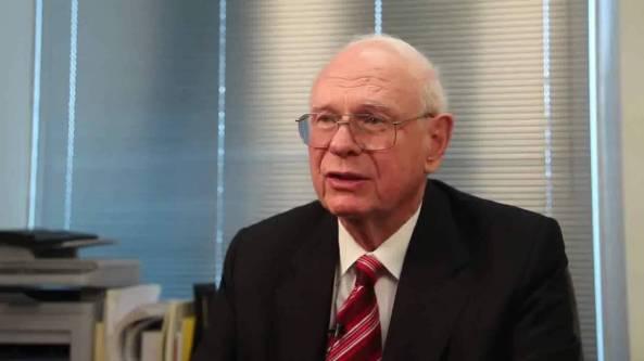 EX-MINISTRO DE DEFENSA CANADIENSE (Paul Hellyer) HACE IMPORTANTE DECLARACIÓN CON RESPECTO A LOS EXTRATERRESTRES . Maxresdefault